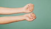 Jak sobie radzić z łamliwymi i rozdwajającymi się paznokciami